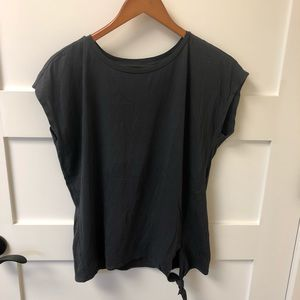 LOFT Charcoal grey T-shirt with cap sleeves